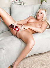 Sizzling blonde Anilos Emilianna delights her pink pussy using the vibrating rabbit toy