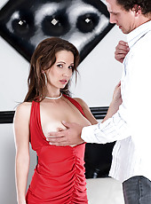 Sexually enticing Anilos cougar gets pounded and creamed on by a lucky stud