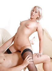 Hot cougar Samantha White squirts a load of fresh cum from her milf pussy after receiving a cream pie