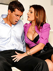Big tits austin gets her amazing body pounded after meeting up for a business meeting