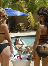 Super hot brunettes and blonde milfs get together for some hot pool masterbation and pussy fucking in these steamy pics