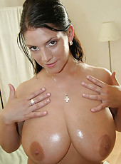 Check out these big natural titties on this mama they are amazingly humongous