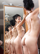Hard bodied mature Liza Rene from AllOver30 being artsy with mirrors