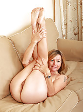 Fun loving Susie from All Over 30 spreads her 48 year old ass wide
