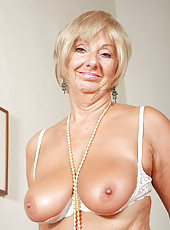 At 62 years old Samatha T keeps her older pussy cleanly shaven