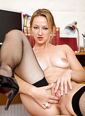 Office MILF Tara Trinity takes a break from her work to probe pussy
