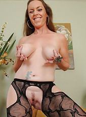 Horny MILF Tamara Fox spreads her mature long legs in this one