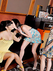 Ariel and her hot amazing 2 milfs get together for some pussy muchnin
