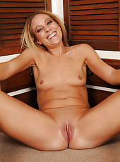 Petite 41 year old Charli Shay strips and spreads after a long day