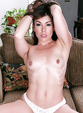30 year old Annabelle Genovisi from AllOver30 toying her pussy for you