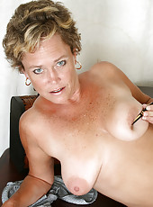 At 42 years old playful MILF Ariel from AllOver30 reveals all