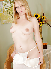 31 year old Willow from AllOver30 removes her slinky lingerie in here