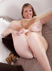 43 year old blonde Mom spreads her toes and pussy in this one