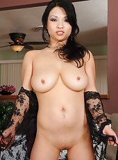 Horny squirter Alexis Lee gets herself squirming doing her housework
