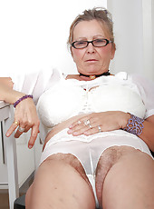 64 year old Isabel from AllOver30 spreading her grey and hairy gash