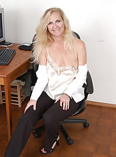 Curvy MILF Kathleen rips off her work clothes to show us some pussy