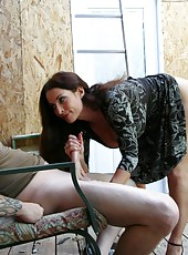 When Joey is out working on the yard, his sexy over 40 neighbor Goldie Blair stops by to give him a hand literally