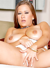 Super hot alana shows off her 36dd breats in these hot fucking pics