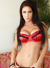 Gorgeous big breasted mom Jessica Jaymes is horny and wants to fuck younger cock.