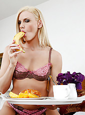 Darryl wakes up her husband with a nice breakfast of fruit and a good lay.