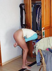 Amateur petite housewife