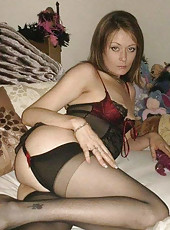 Hot and sultry amateur housewife