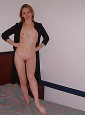 Sexy housewives in the nude