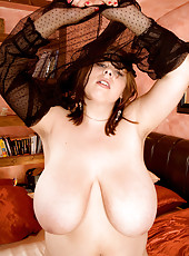 Big-boobed Wife Makes Good