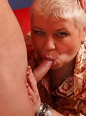 A really long cock is exactly what this horny mama needs now