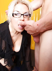 Damn beautiful old blonde lets young rod deep into her mouth