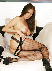 HotWifeRio strips down to her black stockings then gets ready for a big facial