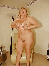 Lotta the fat mature whore fuckin with a young guy