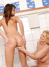 Shy brunette licked n teached by old blonde woman