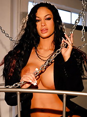 Chains In Bed