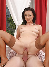 Lusty Milf Carmen Cruise Nailed On Desk Gets Facial