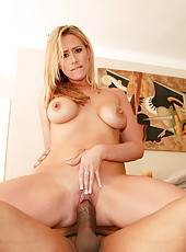 Kylie Worthy Parts Her Pink For Thick Cock Pounding