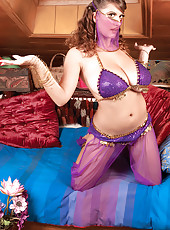 Exotic Erotic Belly Dancer