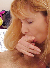 Blonde babe uses her tits to give an amazing blowjob