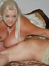 These hot big natural girls are smokin hot watch their titties bounce like jello