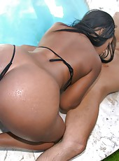 Hot ebony round juicy ass three some eat pussy suck cock by the pool