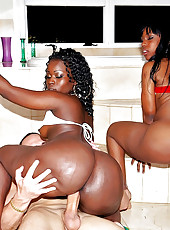 2 bootyfull fucking mega ass black teens get drilled in these hot semi outdoor 3some fucking pics