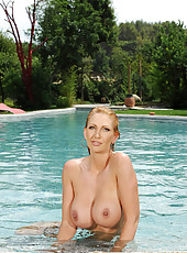 The Ultimate MILF With 34G Titties