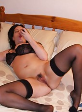 Gallery of a naughty amateur housewife posing sleazy