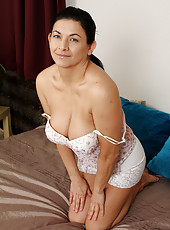 Cute Sarah H slips out of her clothes to show off her 46 year old body