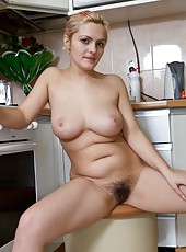 When hairy girl Lena takes off her clothes in the kitchen, you know you