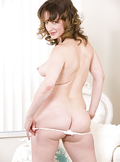 Curvy milf Misty wants to show you something under her sexy cocktail dress before she leaves for her hot date. Its her tasty hairy beaver and natural soft body.
