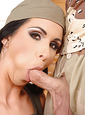 Army chick Lisa Sparkle sucks dick