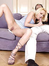 Horny blonde Leony gives good head