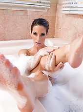 Kortney Kane is taking a nice bath and decides to suck and fuck her husbands cock in the bathroom.