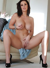 One of the sexiest porn stars, Jayden Jaymes gets naked and naughty.